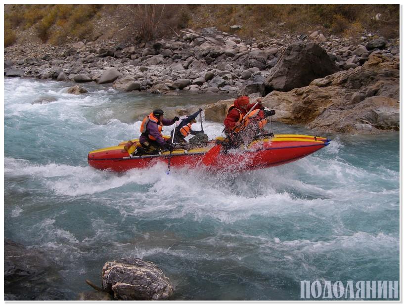 Екіпаж Дмитра ВАЩУКА підкорює річки Тянь-Шаню
