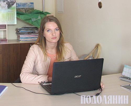 Гостей міста в туристично-інформаційному центрі зустрічає Надія КЛІМОВА