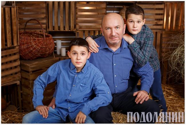 Крім того, що Михайло Сімашкевич - міський голова, він ще надзвичайно люблячий дідусь і вірний друг для онуків Богдана та Давида