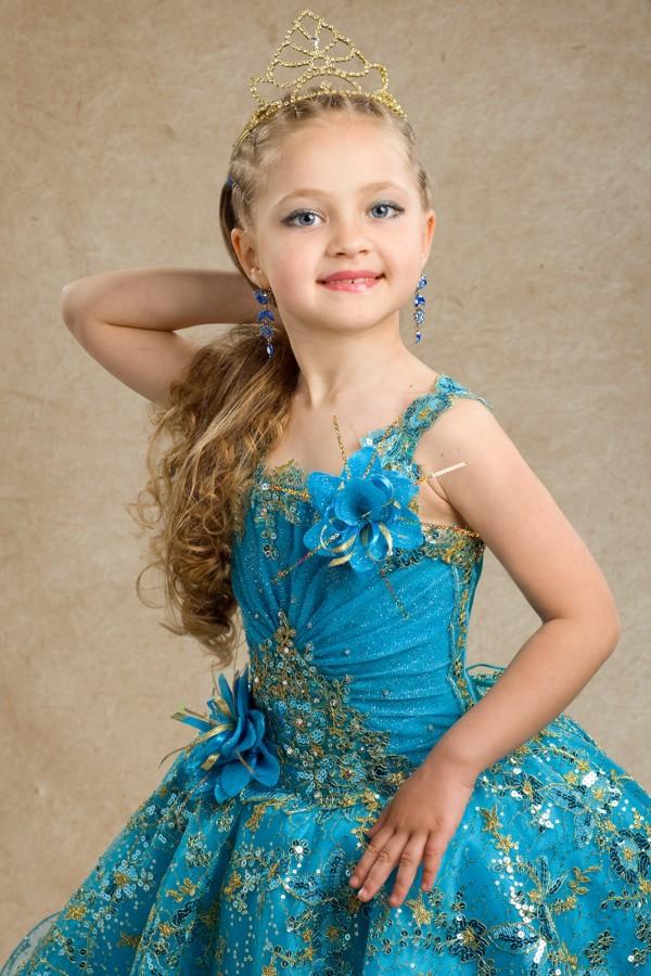 Гран-прі конкурсу отримала 7-річна Віолетта ТИМОФІЄВА
