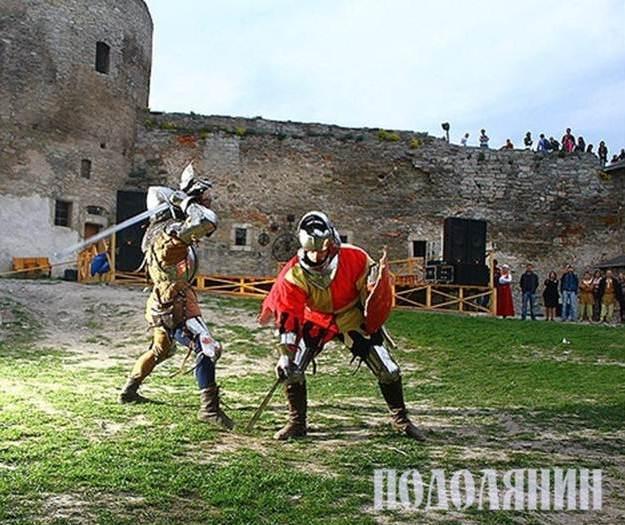 Історичний середньовічний бій