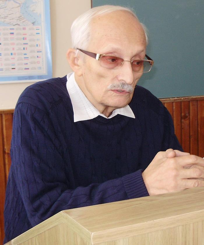 Едуард Крилов