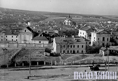 Старобульварна вулиця в радянські часи (тодішня вулиця Урицького)