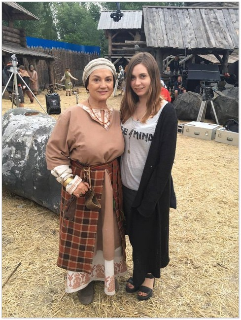 Із Наталією Сумською (ліворуч) під час зйомок «Сторожової застави»