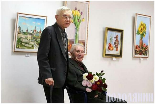 Аркадій Данилюк, Віктор Чайчук (із квітами) на відкритті виставки