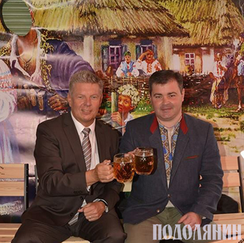 З мером Мюнхена Дітером Райтером під час відкриття Днів Києва в Мюнхені