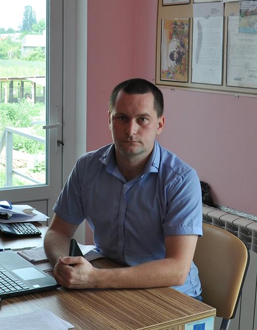 Директор МКП «Притулок для тварин»  Василь Виноградов