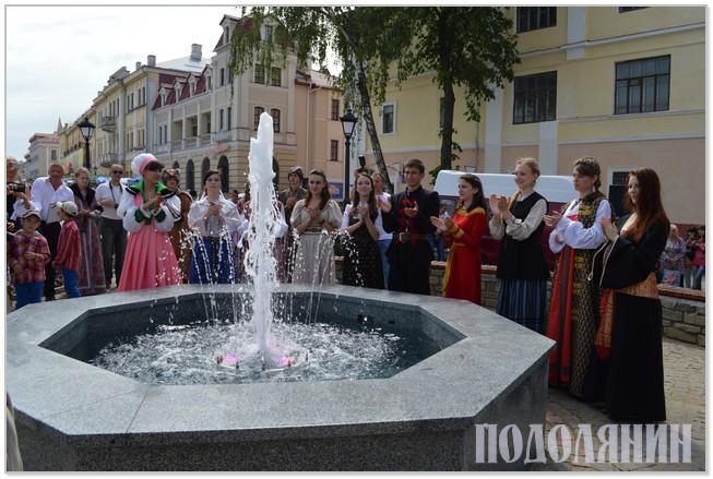 У Старому місті з'явився фонтан