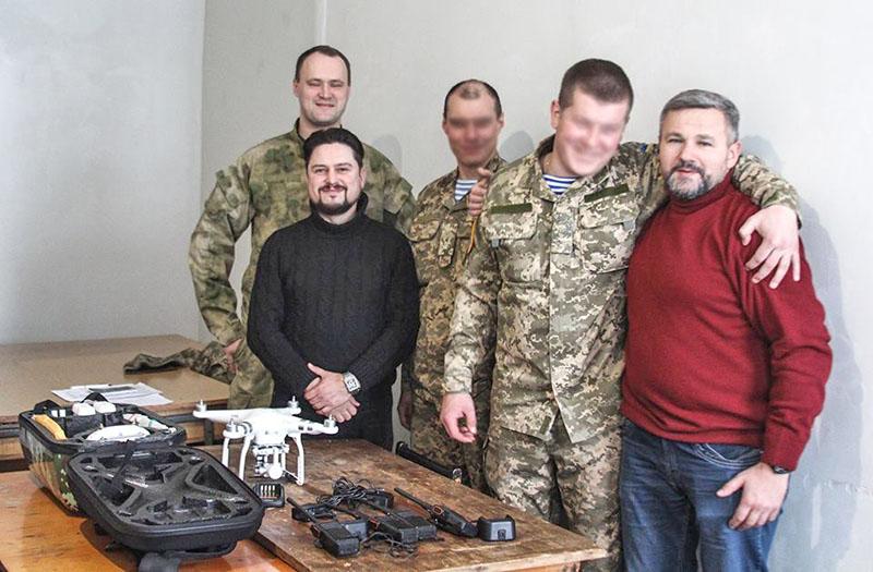 Дмитро Мазій, Роман Браеску-Семенишин, Віктор Міщишин зі спецназівцями
