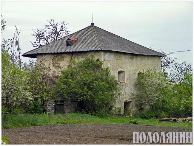 Єдина башта, що залишилася від фортифікаційної споруди