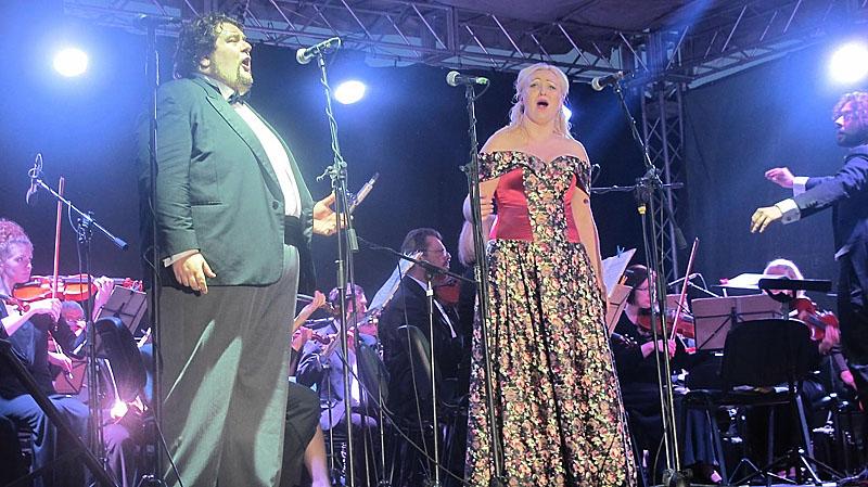 Знову разом: Маріо і Тоска - Емануеле Сервідіо й Олена Лютаревич
