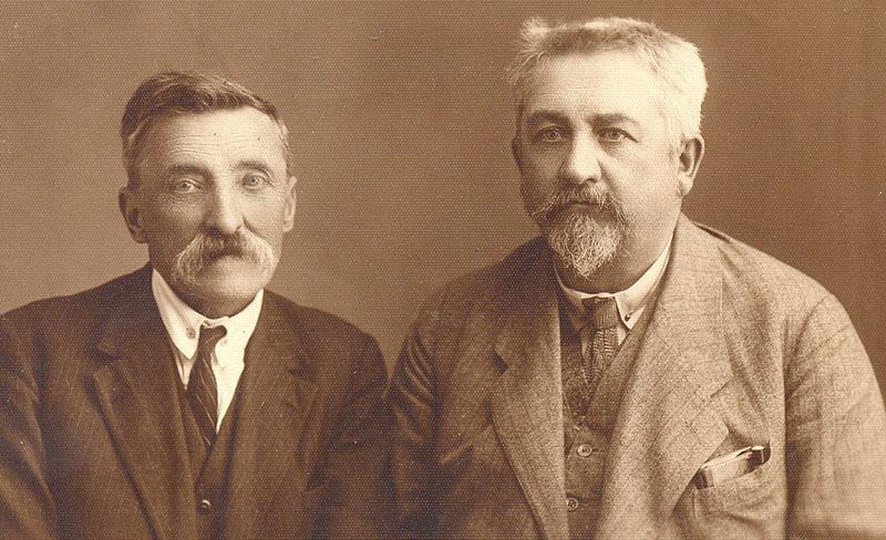 Лікарі Модест Левицький (ліворуч) і Петро Шепченко. Радивилів, 1910-ті роки