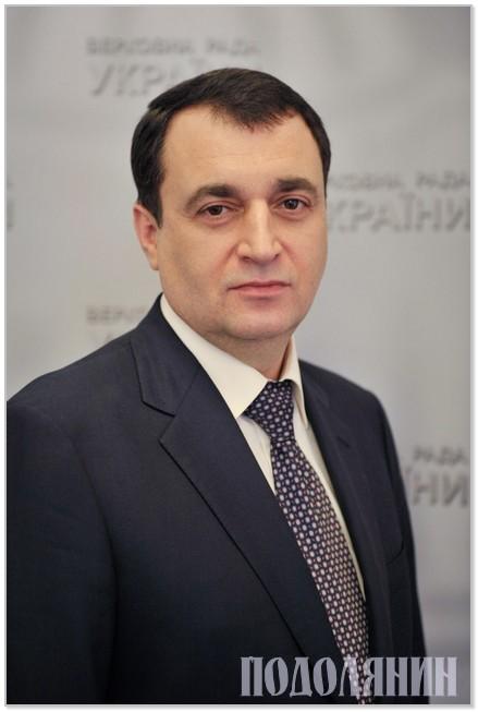 Володимир МЕЛЬНЕЧЕНКО