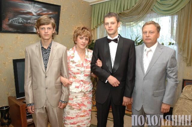 Олександр БОРШУЛЯК: У колі сім'ї
