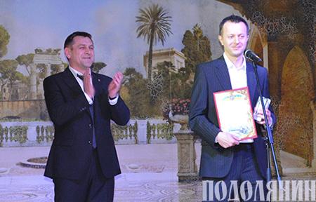 Організатор фестивалю «Республіка» Андрій ЗОЇН   отримує «Відзнаку року» в номінації «Фестиваль року».