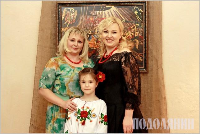 Сестри Інга та Олена Лютаревич
