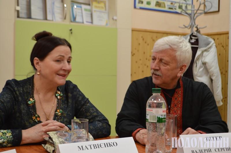 Ніна Матвієнко та Валерій Вітер під час прес-конференції