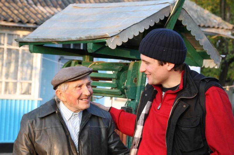 Григорій Павленко разом із режисером фільму про нього