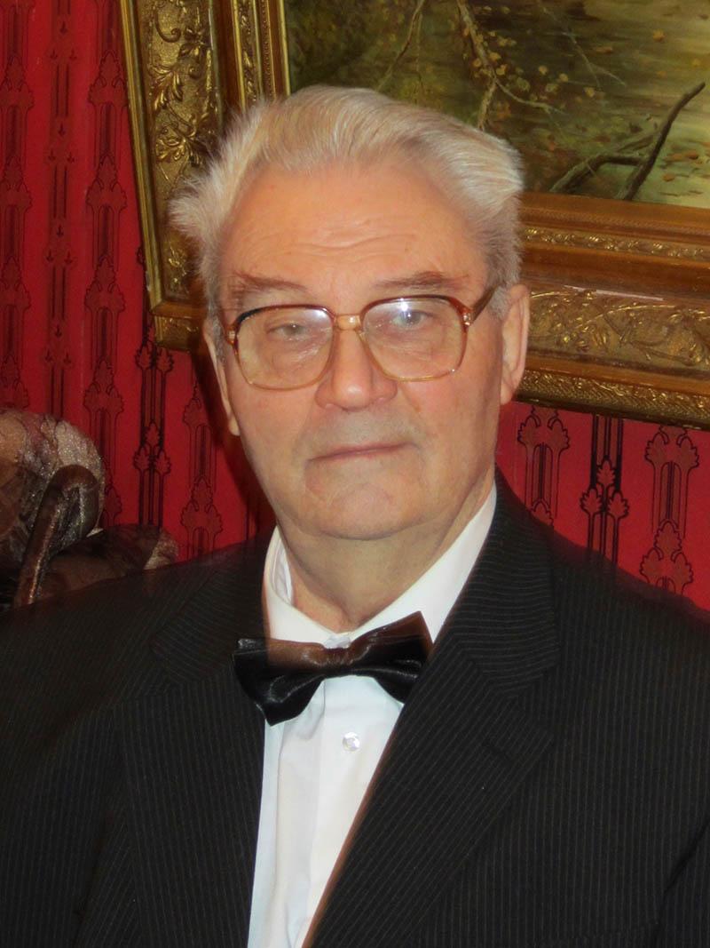 Олександр Доос