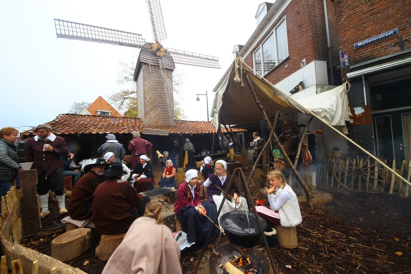 У місті під час фестивалю всі переносяться у XVII ст.