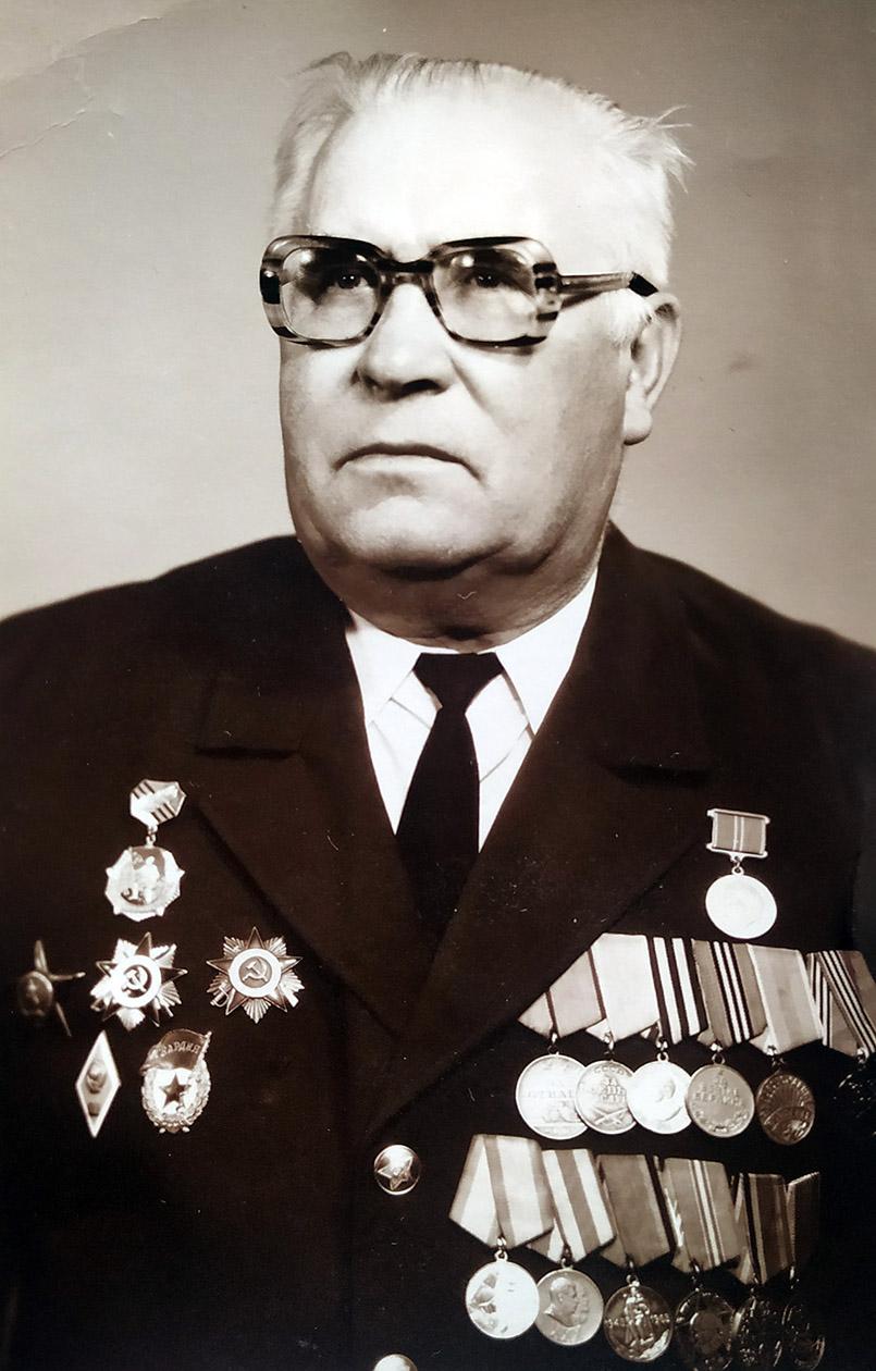 Овсій Жвалюк