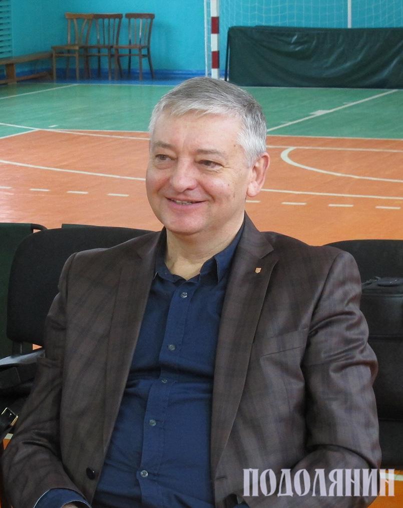 Сергій Копилов на виборчій дільниці