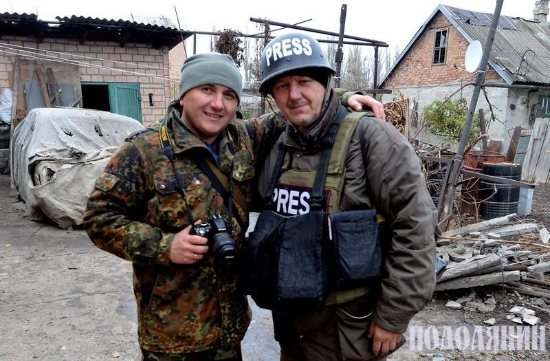 Відомий військовий фотокор Олександр Клименко. Потоваришували в Африці 2008 р. і зустрілись на Донбасі 2015 р.
