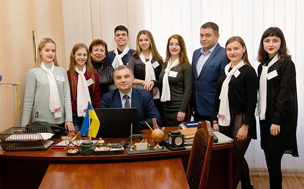 Сергій Нижник зі студентами