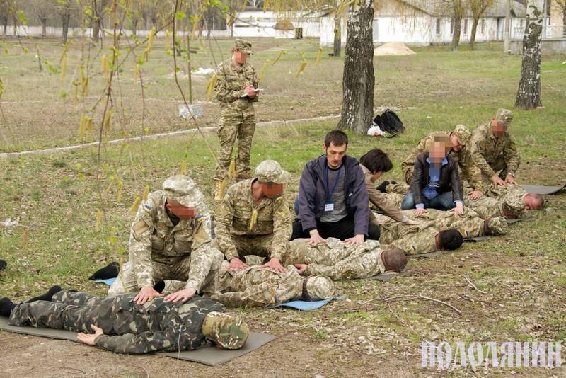 Володимир Волошин працює з військовими