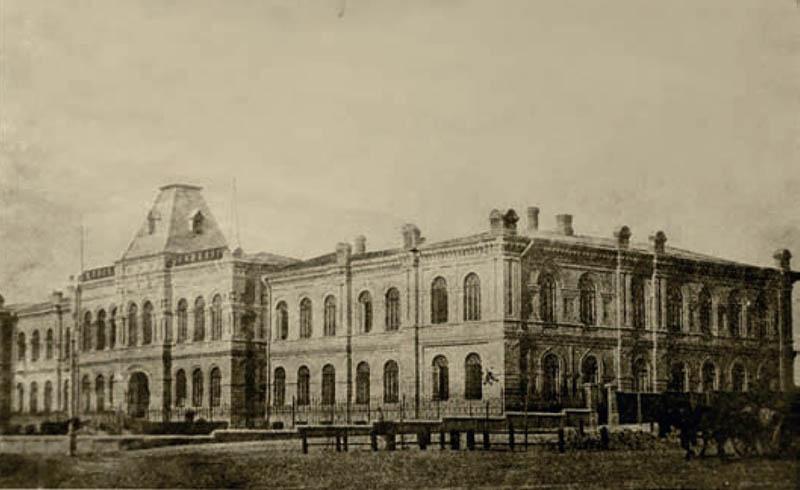 Колишня Олександрівська жіноча гімназія, де розміщувався один із корпусів Запорізького державного педагогічного інституту