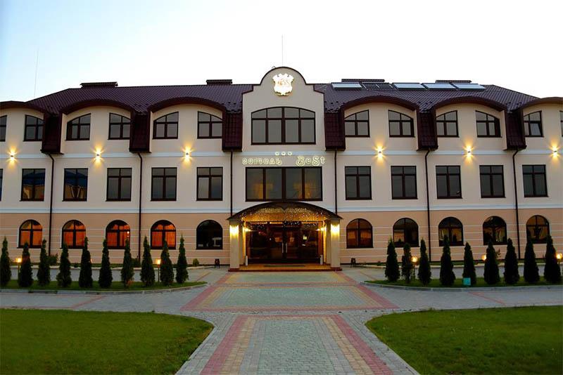Проєкт Анатолія Ткачука, втілений у Дунаївцях