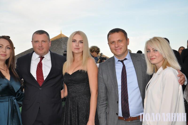 Сергій Гамалій і Михайло Посітко з дружинами
