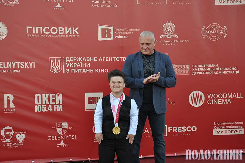 Мар'яна ШЕВЧУК разом із наставником - заслуженим тренером України Олегом ПАКУЛОЮ